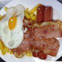 03 Bacon, salchicha, huevo y patatas