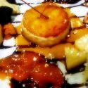 Queso Frito de Cabra con salsa de miel, nueces y mermelada